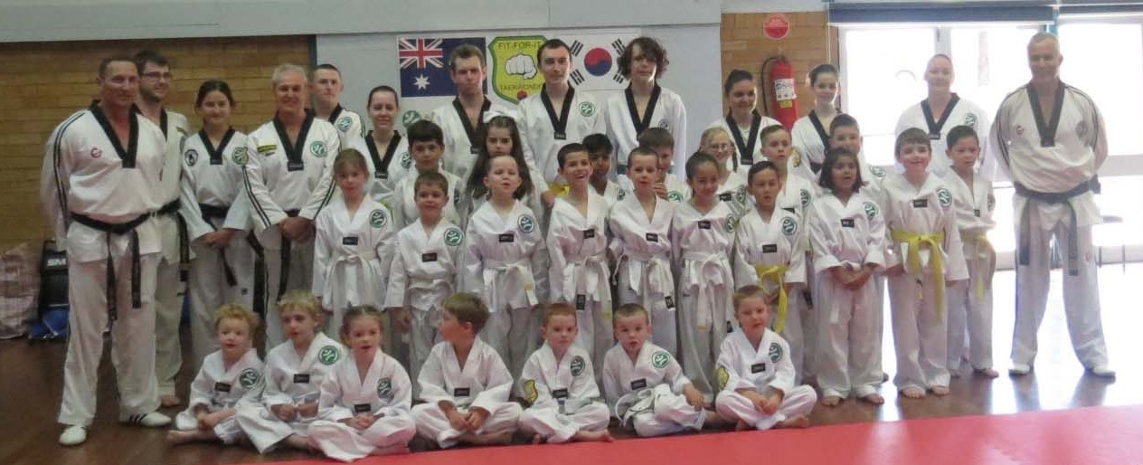 The team and students of Fit for it Taekwondo, providing great fitness and discipline training for all ages with an interest in learning Martial Arts in Tamworth.